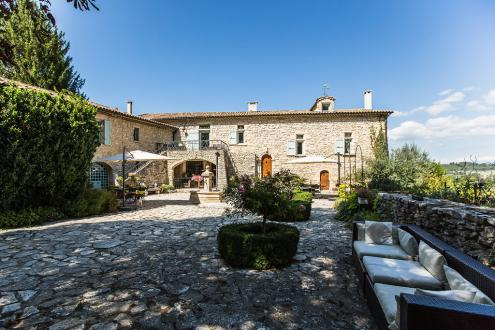 Luxury House for sale FORCALQUIER, 331 m², 6 Bedrooms, €1200000