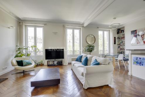 Luxury Apartment for sale PARIS 17E, 71 m², 2 Bedrooms, €1140000