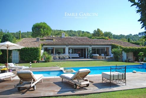 Luxury House for rent VALBONNE, 300 m², 5 Bedrooms,