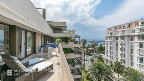 Luxury Apartment for rent CANNES, 130 m², 2 Bedrooms,