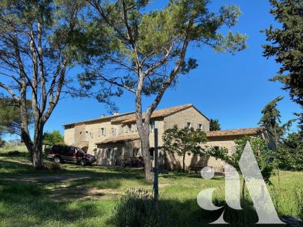 Luxury House for sale EYGALIERES, 321 m², 4 Bedrooms, € 3 490 000