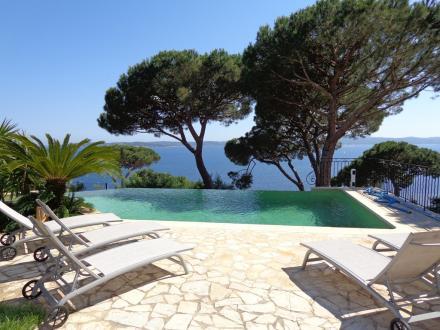 Maison de luxe à louer SAINTE MAXIME, 230 m², 4 Chambres,