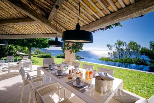 Maison de luxe à louer RAMATUELLE, 200 m², 4 Chambres,