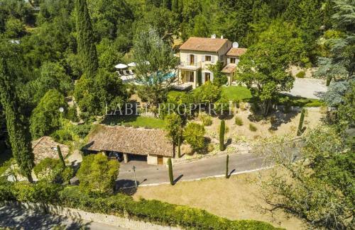 Luxus-Haus zu verkaufen GRASSE, 6 Schlafzimmer, 1295000€