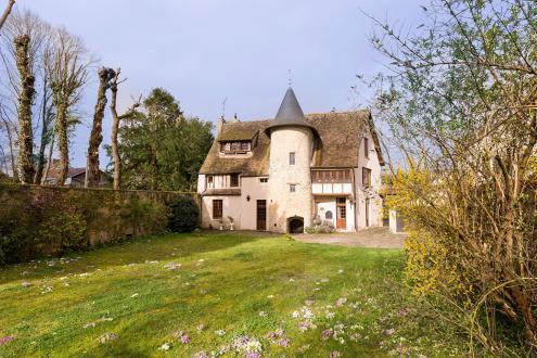 Maison de luxe à vendre SAINT NOM LA BRETECHE, 275 m², 4 Chambres, 1365000€