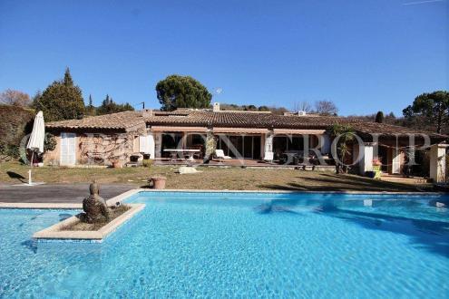 Villa de luxe à vendre VALBONNE, 245 m², 4 Chambres, 1595000€