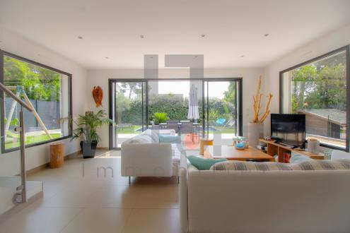 Maison de luxe à vendre SAINT AYGULF, 130 m², 3 Chambres, 750000€