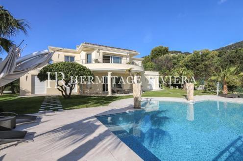 Casa di lusso in affito BEAULIEU SUR MER, 350 m², 6 Camere