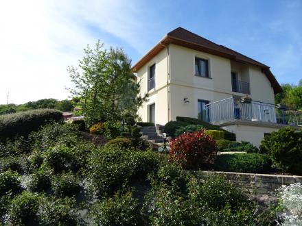 Maison de luxe à vendre DOMMARTEMONT, 360 m², 5 Chambres, 890000€