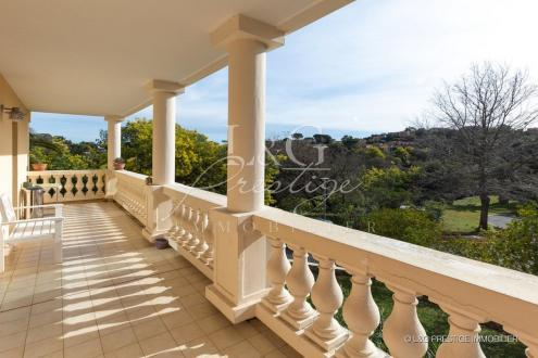 Luxury Apartment for sale MANDELIEU LA NAPOULE, 150 m², 3 Bedrooms, € 799 000