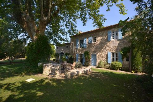 Proprietà di lusso in vendita SAINT REMY DE PROVENCE, 206 m², 5 Camere, 1090000€