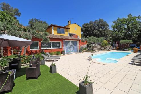 Luxus-Villa zu verkaufen MOUGINS, 190 m², 4 Schlafzimmer, 749000€