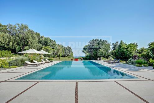 Villa di lusso in vendita LA COLLE SUR LOUP, 800 m², 5 Camere, 9900000€