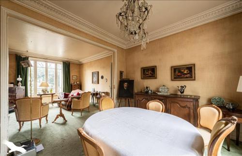 Luxus-Haus zu verkaufen MAURECOURT, 230 m², 8 Schlafzimmer, 640000€