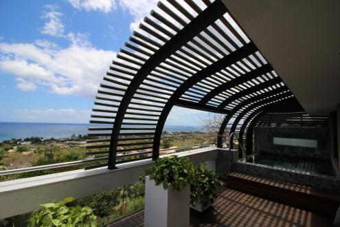 Квартира класса люкс на продажу  Маврикий, 255 м², 3 Спальни, 650000€