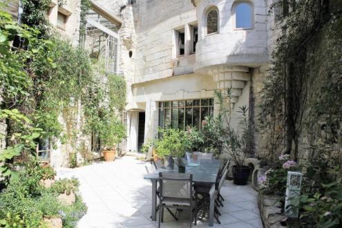 Maison de luxe à vendre VILLENEUVE LES AVIGNON, 300 m², 5 Chambres, 975000€