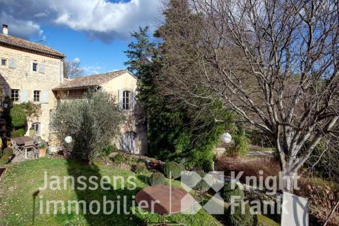 Farm класса люкс на продажу  Гударг, 315 м², 6 Спальни, 2395000€