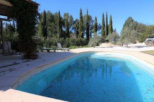 Maison de luxe à vendre EGUILLES, 120 m², 4 Chambres, 700000€
