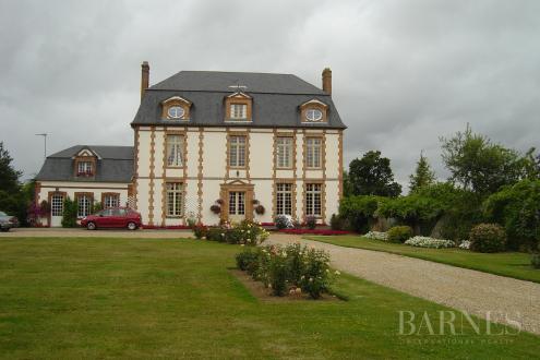 Propriété de luxe à vendre RUGLES, 350 m², 954000€
