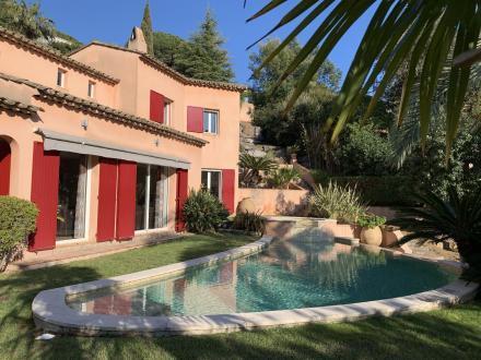 Maison de luxe à vendre LES ISSAMBRES, 170 m², 4 Chambres, 890375€