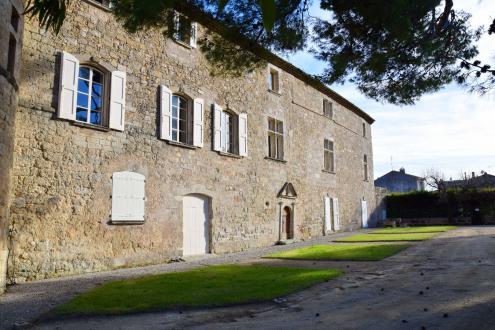 Luxus-Schloss / Herrenhaus zu verkaufen PEZENAS, 655 m², 6 Schlafzimmer, 1470000€