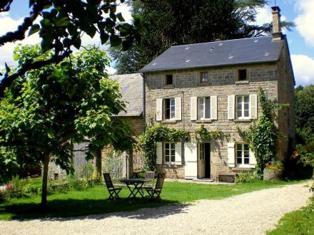 Maison de luxe à vendre SOUBREBOST, 500 m², 11 Chambres, 510920€