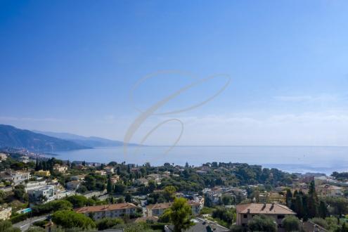 Villa de luxe à vendre ROQUEBRUNE CAP MARTIN, 340 m², 4 Chambres, 5300000€