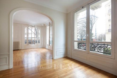 Appartement de luxe à vendre PARIS 7E, 125 m², 3 Chambres, 2150000€