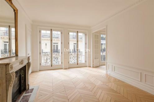 Luxus-Wohnung zu verkaufen PARIS 8E, 72 m², 2 Schlafzimmer, 1415000€