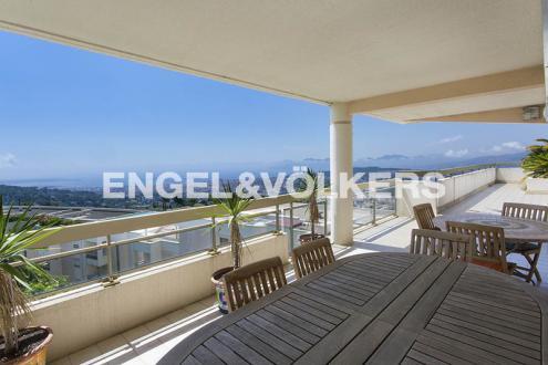 Appartement de luxe à vendre MOUGINS, 160 m², 3 Chambres, 1390000€