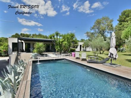 Дом класса люкс на продажу  Безье, 210 м², 3 Спальни, 695000€