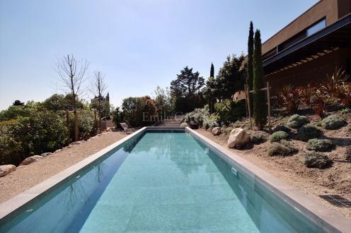Luxury House for rent MAUSSANE LES ALPILLES, 3 Bedrooms,