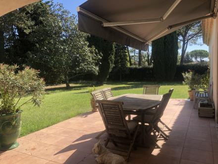 Villa de luxe à vendre NIMES, 180 m², 5 Chambres, 570000€