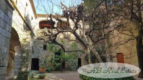 Luxe Kasteel/landhuis te koop UZES, 500 m², 10 Slaapkamers, 1480000€