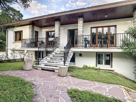 Luxus-Haus zu verkaufen BIARRITZ, 240 m², 7 Schlafzimmer, 1110000€