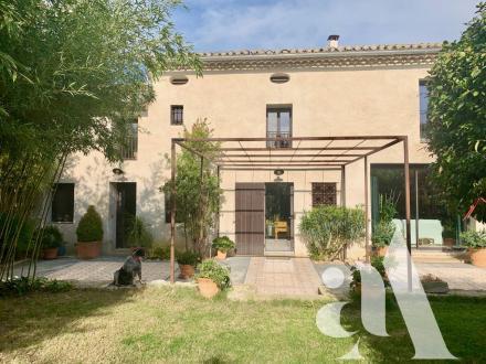 Maison de luxe à vendre EYRAGUES, 230 m², 3 Chambres, 840000€