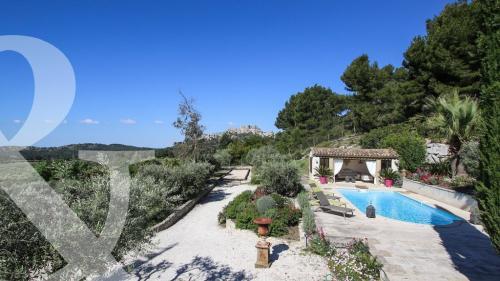 Luxury House for sale LES BAUX DE PROVENCE, 220 m², 5 Bedrooms, €2950000