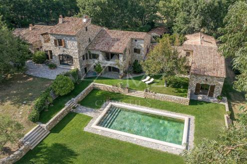 Villa de luxe à vendre FAYENCE, 700 m², 9 Chambres, 6600000€