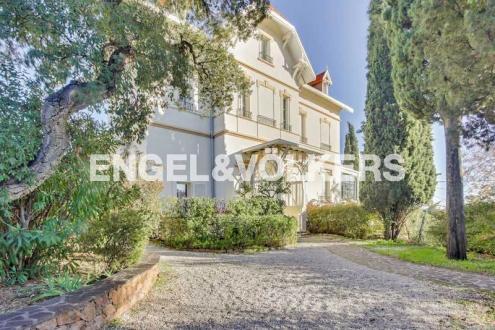 Appartement de luxe à vendre SAINT RAPHAEL, 221 m², 4 Chambres, 915000€