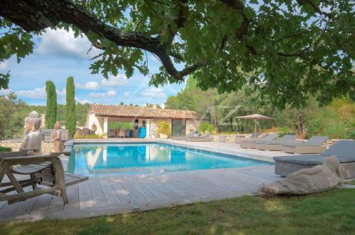 Luxury House for rent GORDES, 250 m², 4 Bedrooms,