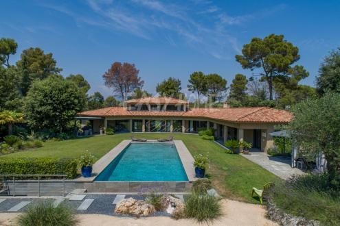 Luxus-Villa zu verkaufen MOUGINS, 4 Schlafzimmer, 4480000€