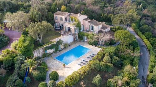 Villa de luxe à vendre GASSIN, 250 m², 5 Chambres, 3990000€