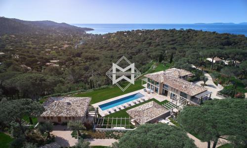 Casa di lusso in affito LA CROIX VALMER, 802 m², 11 Camere,