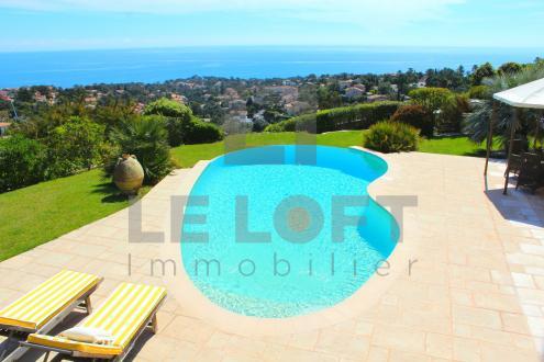 Luxe Huis te koop LES ISSAMBRES, 278 m², 5 Slaapkamers, 1790000€