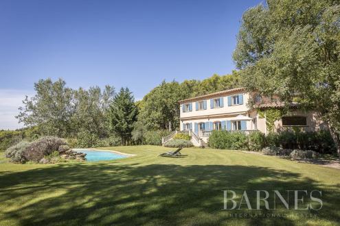 Villa de luxe à vendre AIX EN PROVENCE, 290 m², 5 Chambres, 2467000€