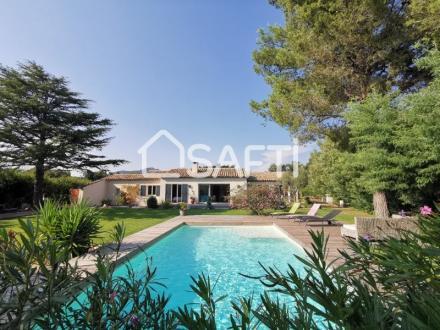 Villa de luxe à vendre GRIMAUD, 213 m², 6 Chambres, 1495000€