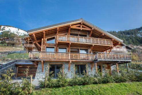 Casale di lusso in vendita CHATEL, 276 m², 4 Camere, 2100000€