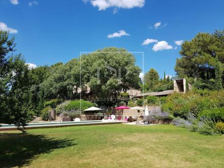 Maison de luxe à louer SAINT REMY DE PROVENCE, 350 m², 5 Chambres,