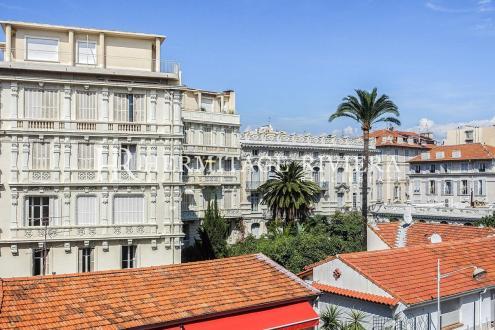 Appartamento di lusso in vendita Nizza, 140 m², 3 Camere, 865000€