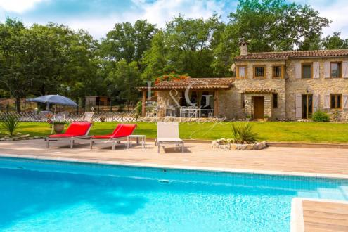 Luxury House for sale FAYENCE, 160 m², 3 Bedrooms, € 1 590 000